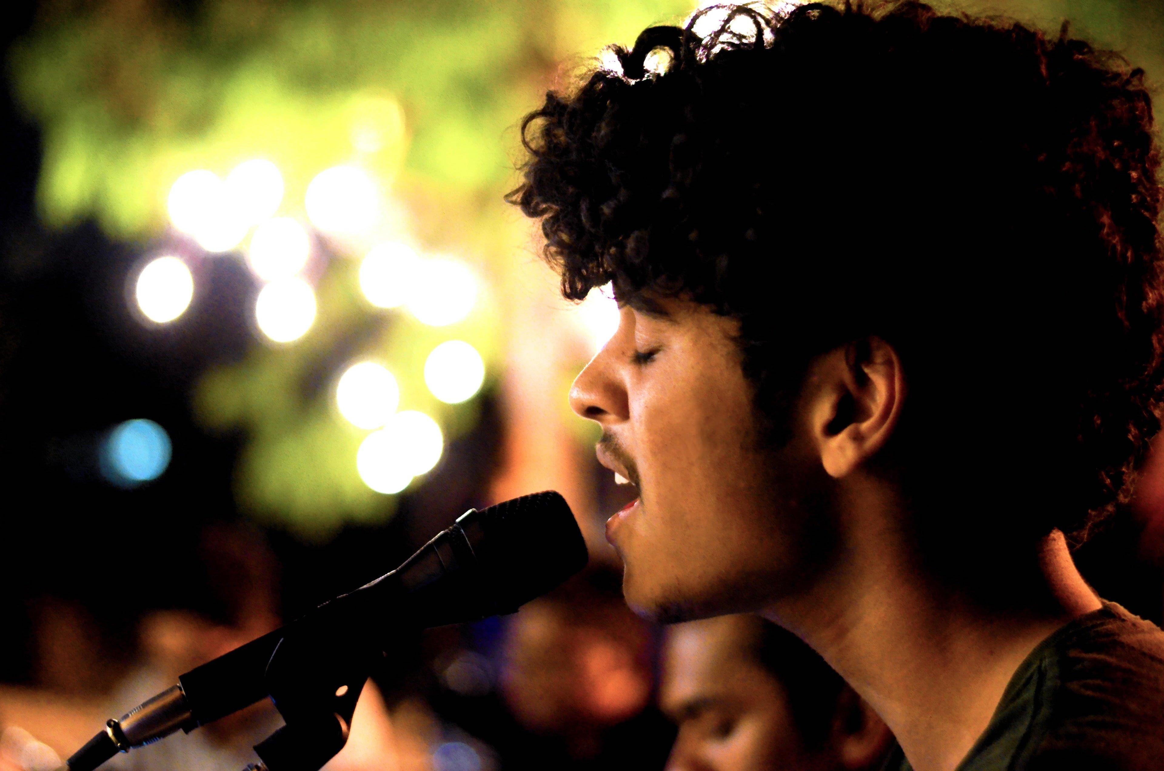 Singing 3