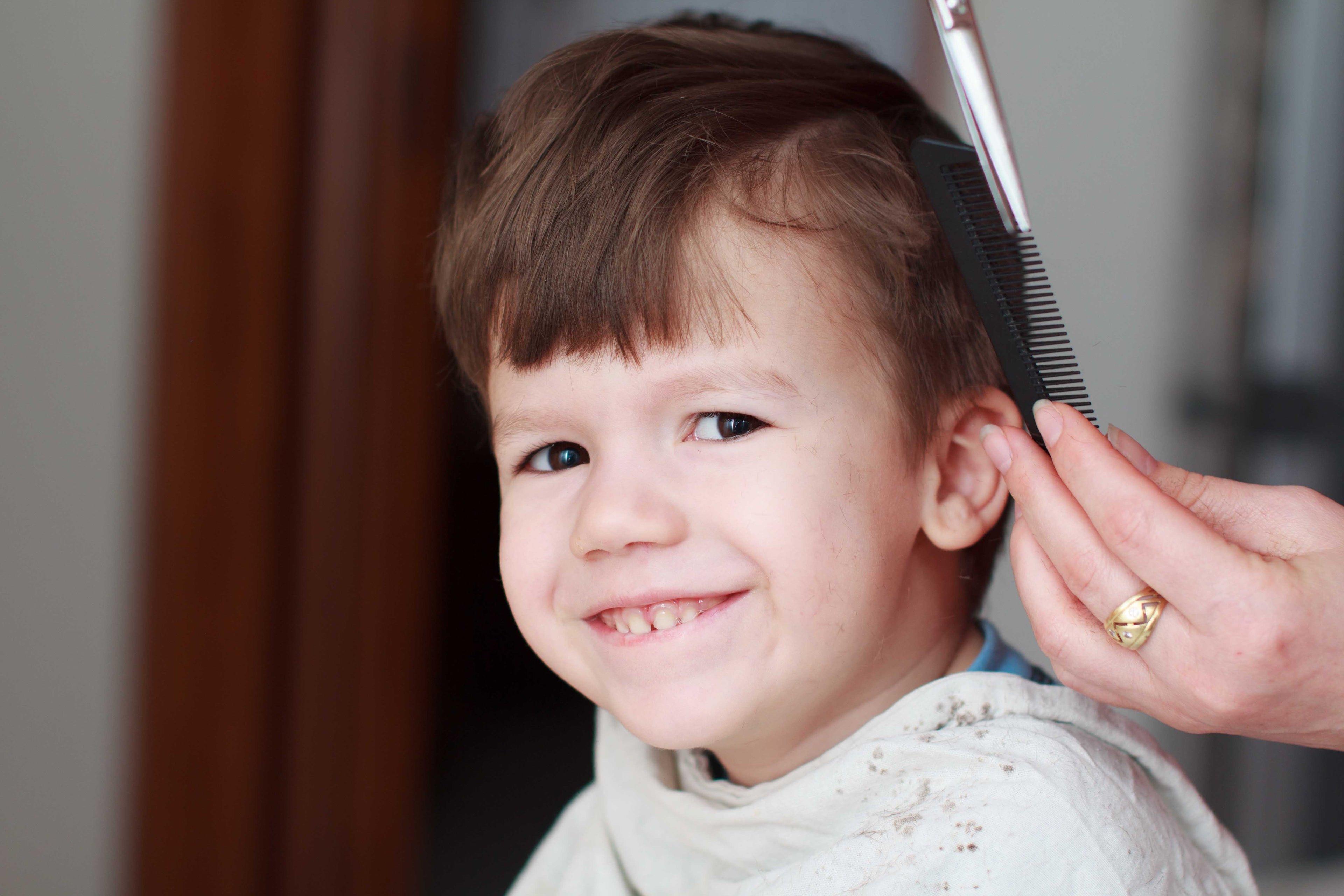 Corte de cabello de niño