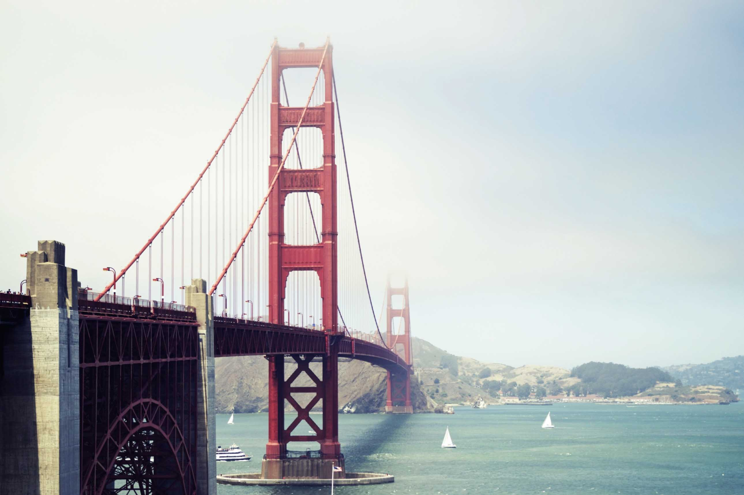 san_francisco_bridge-2580x1716.jpg